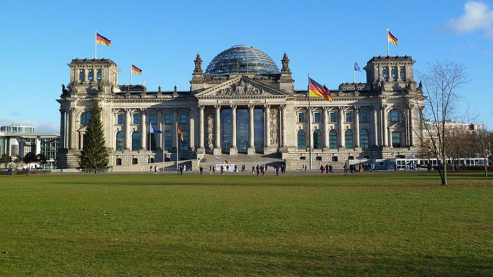 Zimske Po U010ditnice  Berlin Za 4 Osebe Samo 296 Eur
